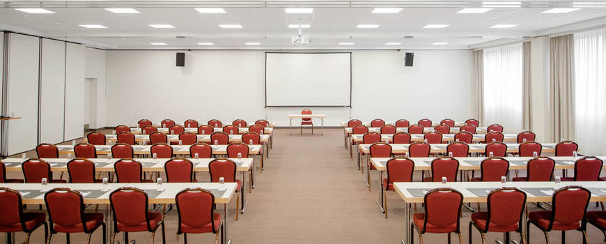 nh_fribourg-126-meeting_room_setting[1].jpg